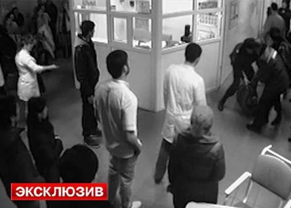 Дебош в ростовской больнице сняли камеры наблюдения