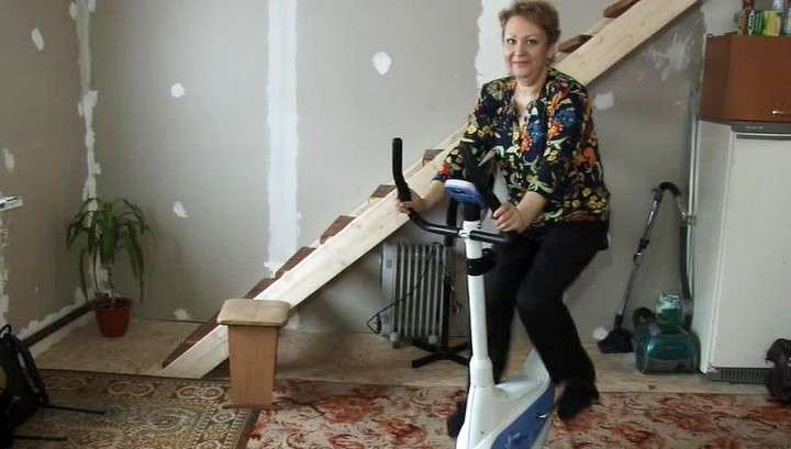 Похудевшая на 30 кг медсестра получила от Амана Тулеева 5 тонн угля
