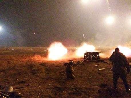 Киев переходит в наступление: на ЛНР идут танки, окраины Донецка под огнем