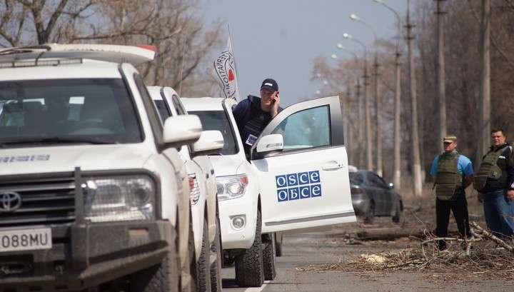 Бандиты из «Правого сектора» обстреляли журналистов ВГТРК и наблюдателей ОБСЕ