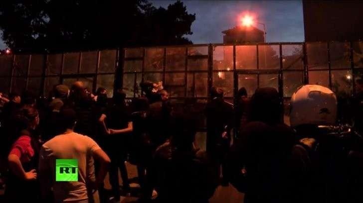 Полиция Корсики мобилизована для охраны мусульманских районов от погромов