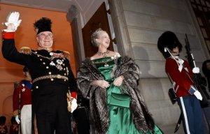 Датский принц-консорт сложил с себя официальные обязанности