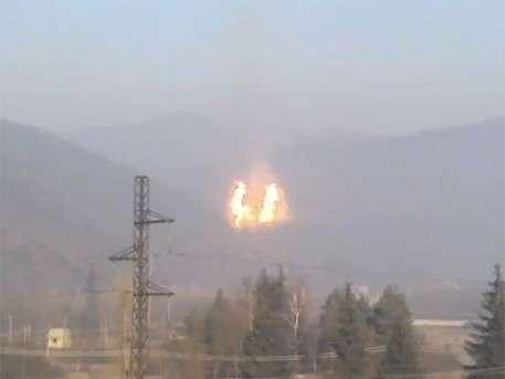 Огненный шар в горах Украины: в Закарпатье взорвался магистральный газопровод