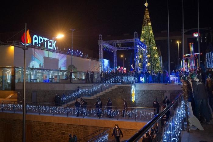 «Артек» отметил Новый год впервые за 10 лет