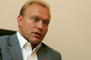 Еврейская Хунта старательно уничтожает Украину