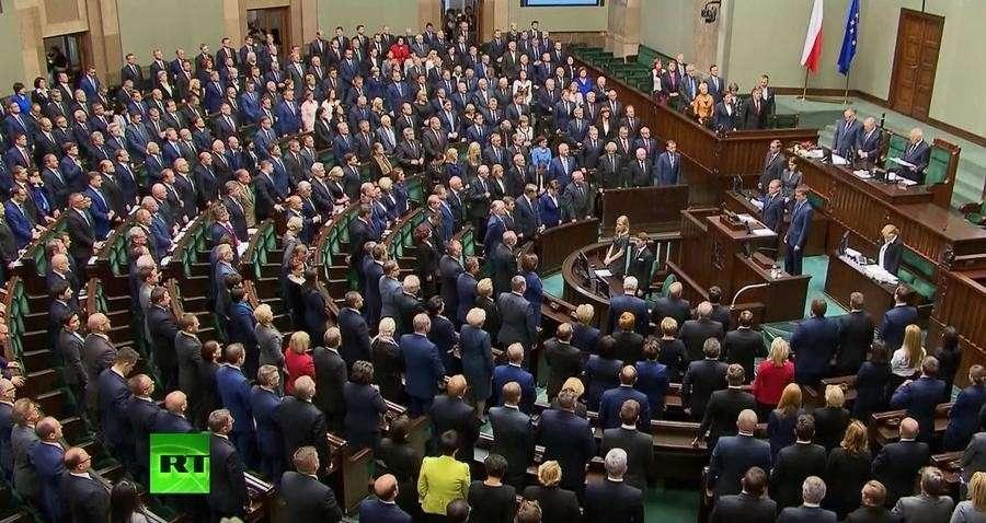 Польский сенат проголосовал за усиление цензуры в общественном телерадиовещании