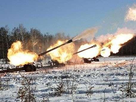 Укро-каратели поливают огнём Горловку, под обстрел попала школа
