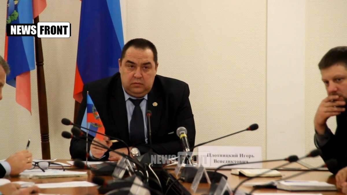 Дорожные знаки в ЛНР переведут на русский, а на своих товарах будут указывать «сделано в ЛНР»