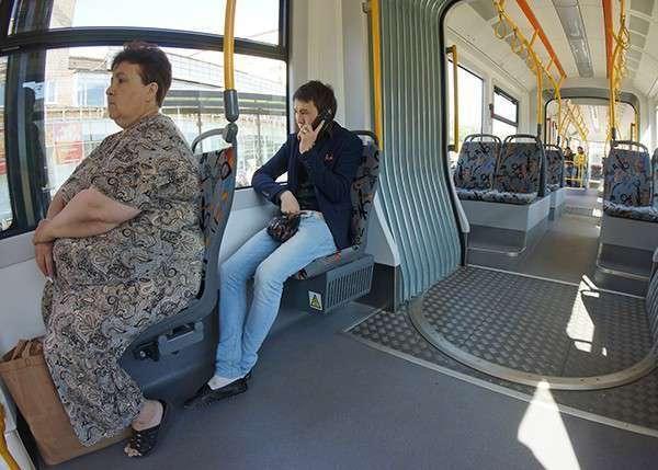 На улицы Москвы вышли трамваи нового поколения