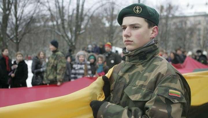Молодёжь бежит из Литвы, спасаясь от воинского призыва