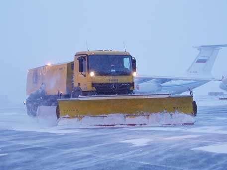 Что творится в аэропорту Шереметьево в условиях мощного снегопада