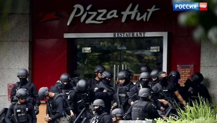 Вслед за Парижем крупнейшее исламское государство потрясла серия терактов