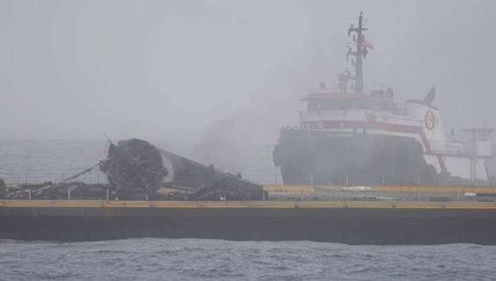 Ступень Falcon 9 упала на платформу в океане и взорвалась