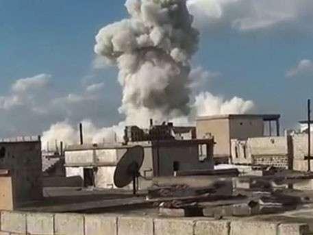Авиаудар сирийских ВВС обратил десятки боевиков в столб пыли