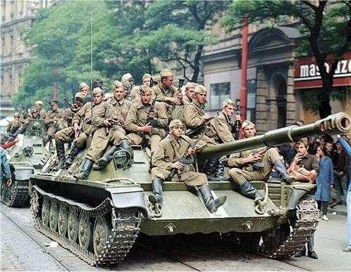 Если русские танки пойдут на Киев, они остановятся только в Лиссабоне