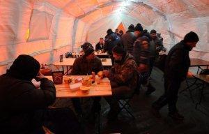 В пунктах временного размещения на трассах Оренбургской области находятся 177 человек