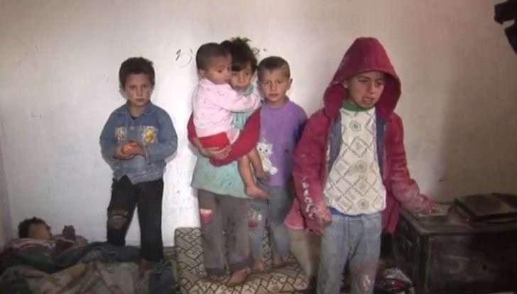 Беженцы из Алеппо скитаются по Сирии без средств к существованию