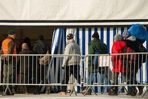 Дегенеративное руководство уничтожает Европу руками беженцев