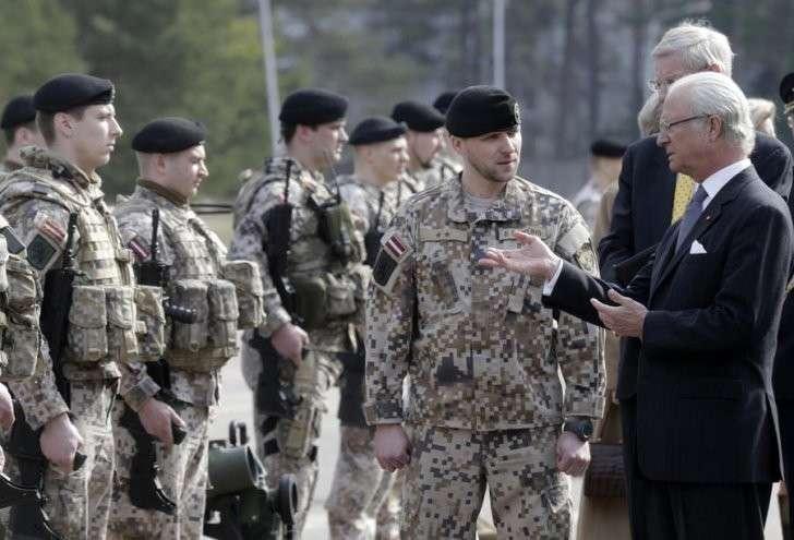 Генштаб Швеции готовит страну к войне