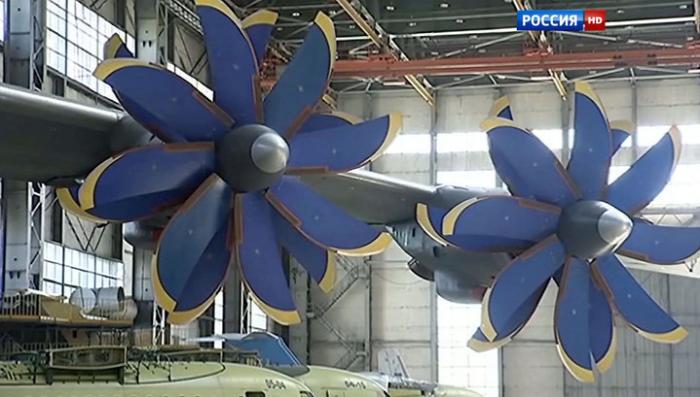 «Антонов» попал под десоветизацию Украины