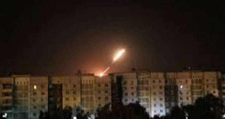 Каратели прорываются в Донецк, население в панике