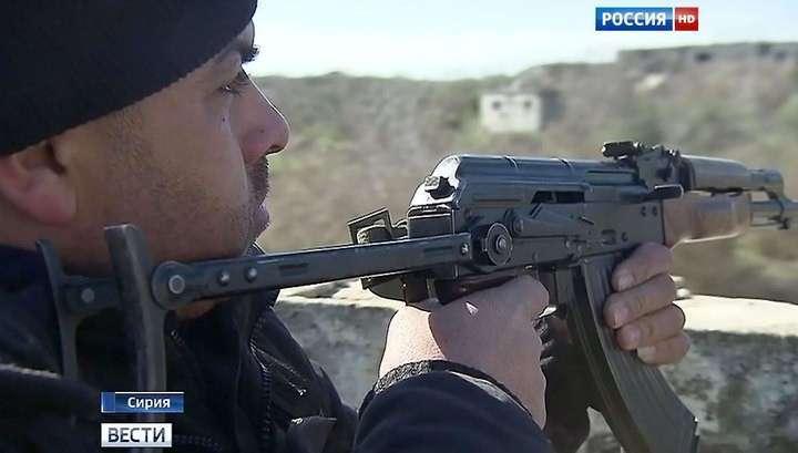 Армия Асада прижала боевиков ИГ к турецкой границе