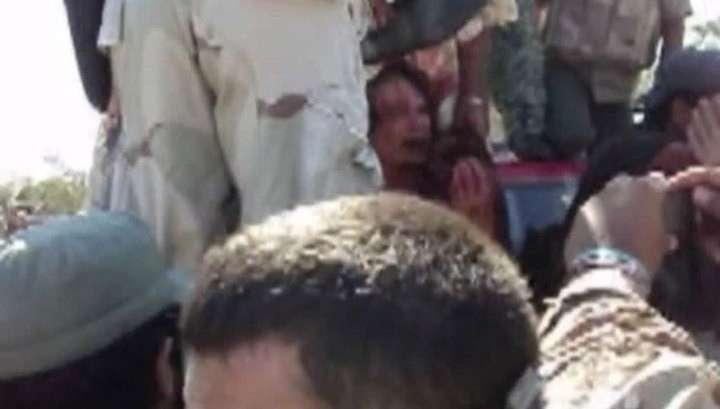 В Сети появилось новое видео расправы над Муаммаром Каддафи
