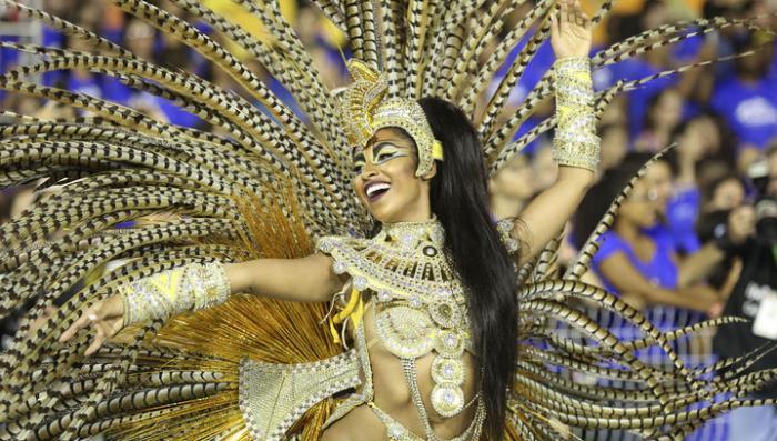 В Бразилии всё хорошо: там все нырнули в Карнавал