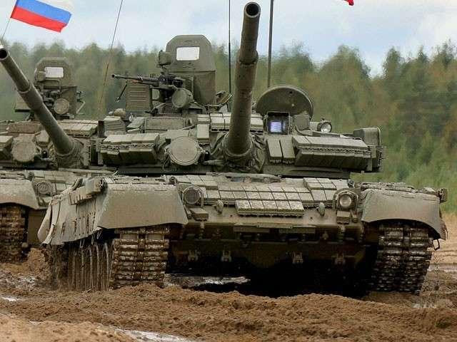 Секретные сборы Минобороны для депутатов и чиновников: водили танк, получили звания