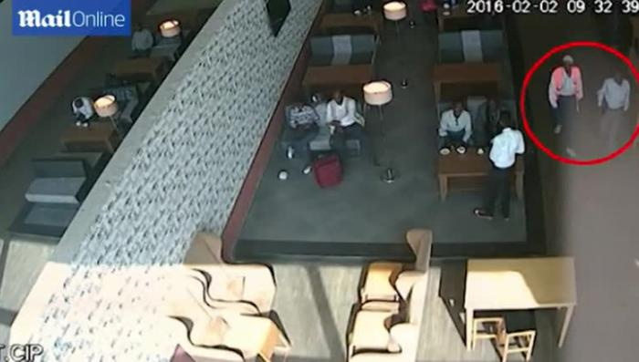 Смертник, взорвавший самолёт в Сомали, прошёл на борт по билетам Turkish Airlines