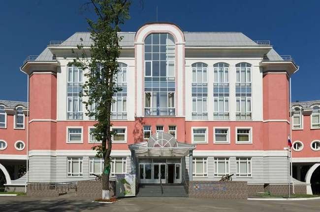 В Москве построен самый современный кадетский корпус России
