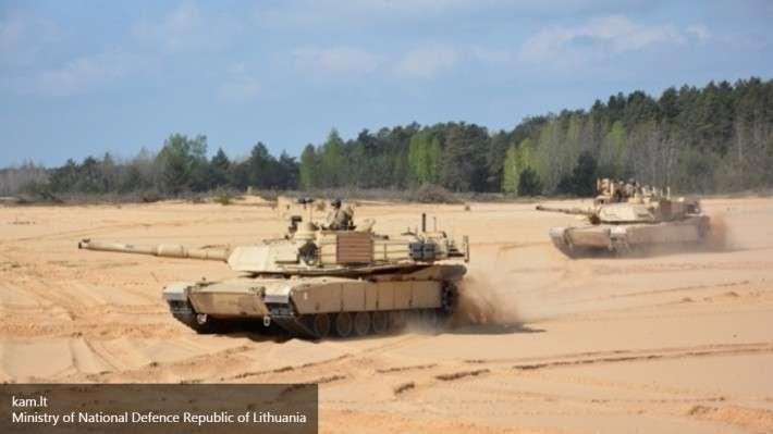 Великобритания и НАТО вводят войска в Прибалтику