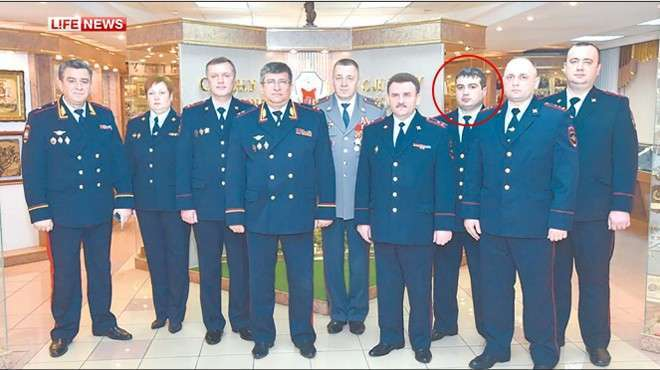 Лучший борец с коррупцией полиции метро Москвы задержан за взятку