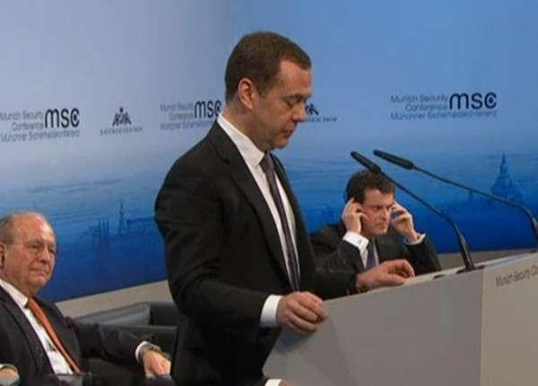 Дмитрий Медведев: Новая форма терроризма выходит на первый план