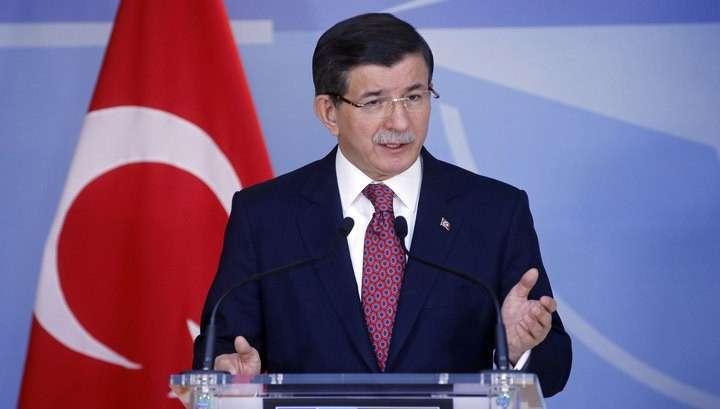 Турецкий кролик Давутоглу: Анкара продолжит отвечать на атаки курдов