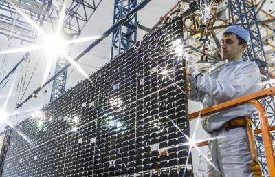 Самарские ученые снизили в пять раз стоимость солнечных батарей для спутников