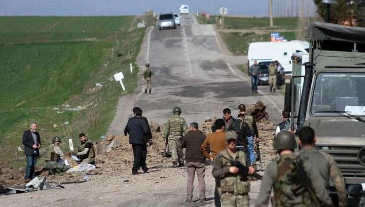 В Турции второй теракт за сутки, десятки погибших, 14 задержанных