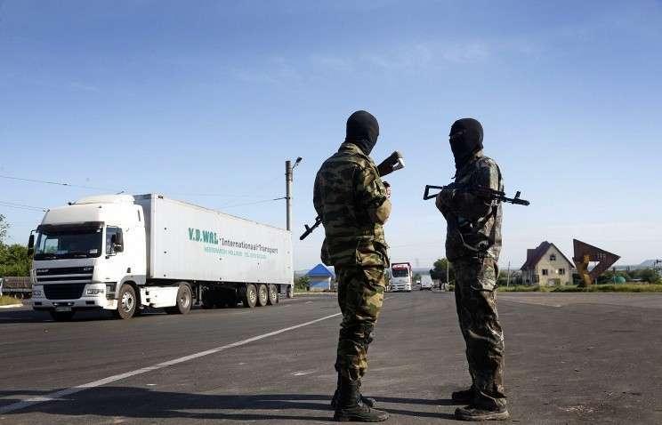 Украинские силовики обстреливают посёлок Семёновка под Славянском