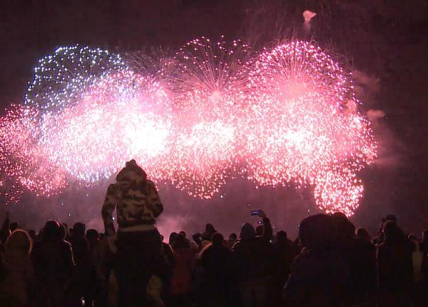 В Москве состоялся праздничный салют в честь Дня защитника Отечества