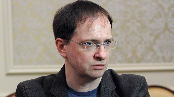 Мединский, почему укро-фашисты зарабатывают деньги в России?