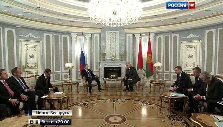 Александр Лукашенко призвал Владимира Путина держать порох сухим