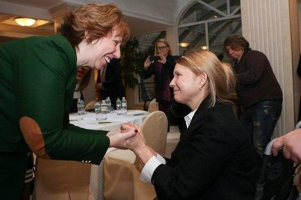 Запад отказался давать деньги украинской хунте
