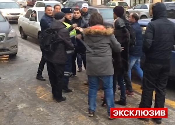 В Петербурге прохожие поймали грабителя и чуть не устроили самосуд
