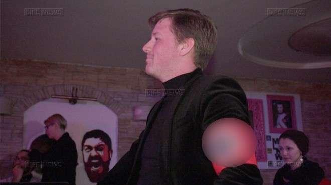 Позорного кролика Яценюка наградили за убийство «русских солдат» на вечеринке в Киеве