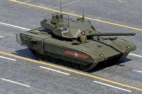 Россия начала испытания танков-невидимок «Армата»