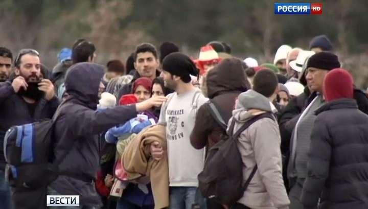 300 мигрантов штурмовали колючку на границе Греции и Македонии