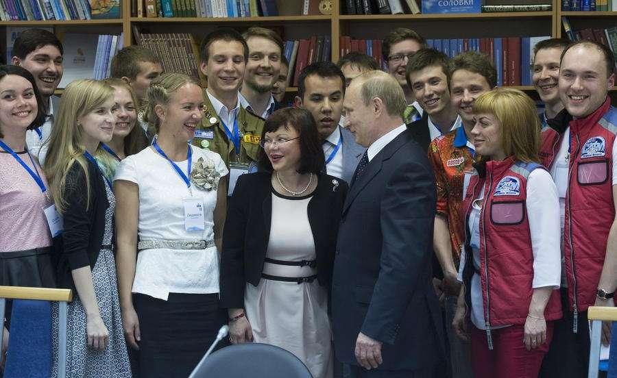 Владимир Путин: Ни одна страна от энергетического сотрудничества с Россией добровольно отказываться не будет