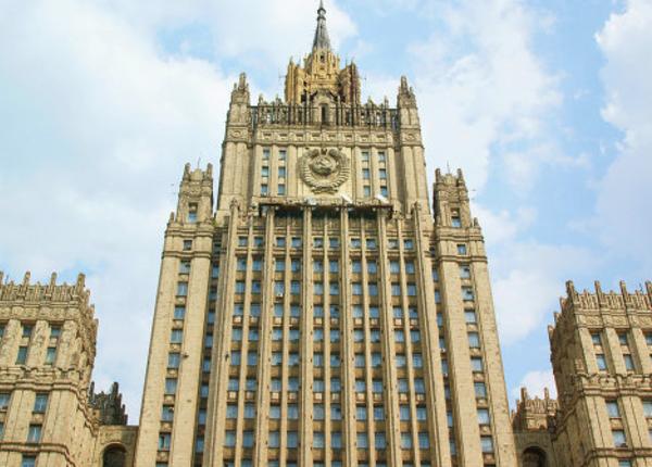 МИД РФ настаивает, чтобы памятник Черняховскому остался в Польше