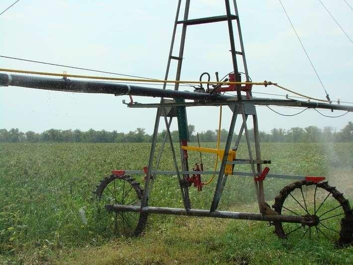 В Саратовской области начат промышленный выпуск дождевальных установок с дистанционным управлением