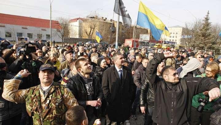 Украинским бандитам не удалось устроить поджог на территории посольства РФ